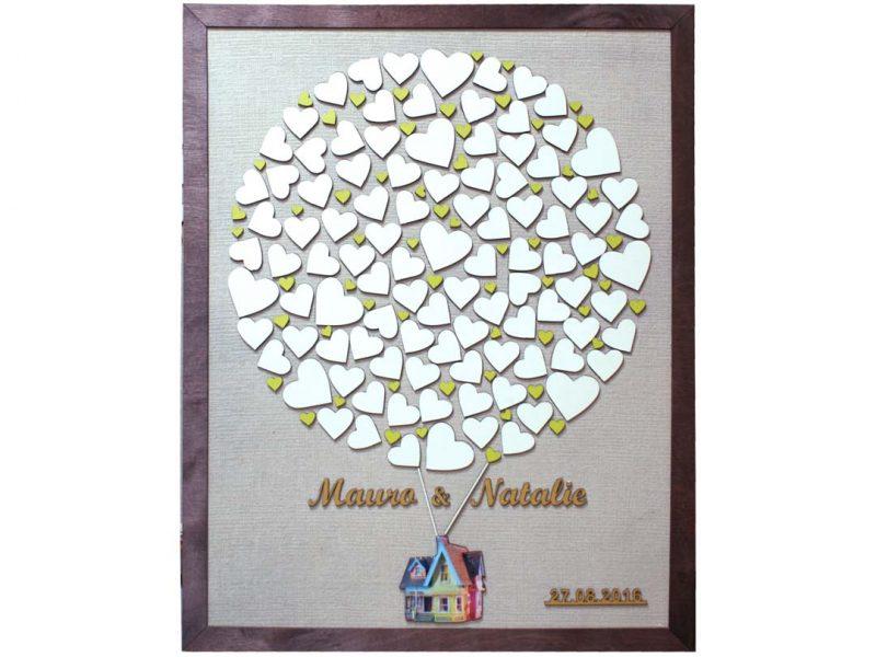 Cuadro para firmas y mensajes de boda modelo Sara, con lienzo en tela beige y detalles decorativos en dorado y verde limon. Silueta resina..