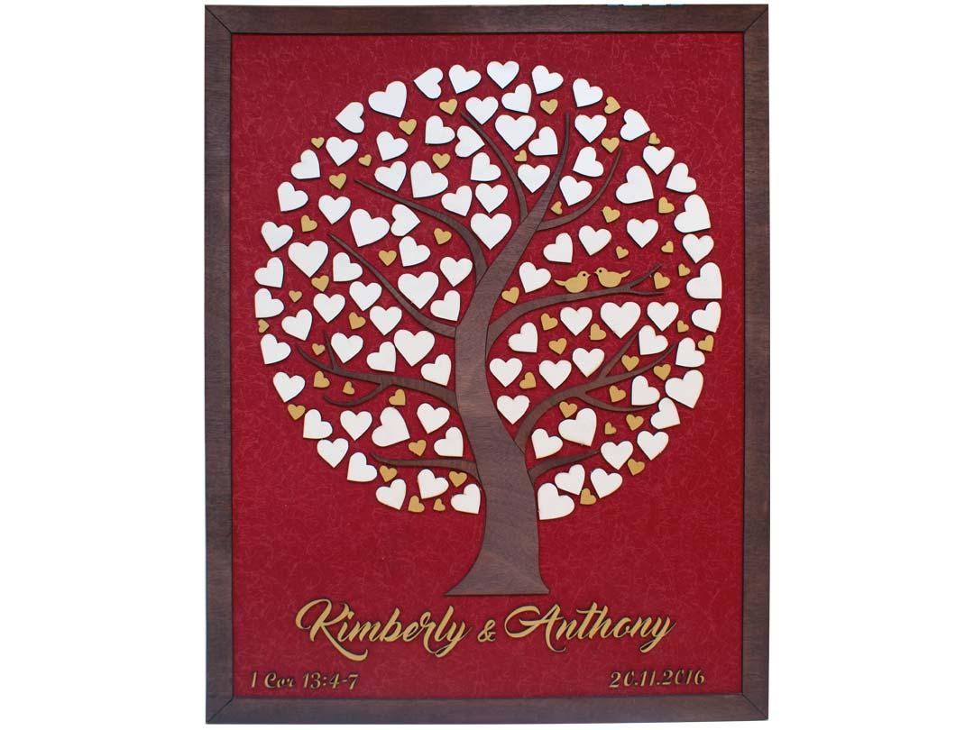 Cuadro para firmas y mensajes de boda modelo Silvia. Lienzo tela roja y marco nogal. Detalles en dorado.