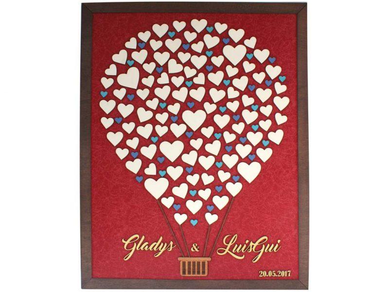 Cuadro para firmas y mensajes de boda modelo Sara, con lienzo en tela vinotinto y detalles decorativos en dorado y azul.