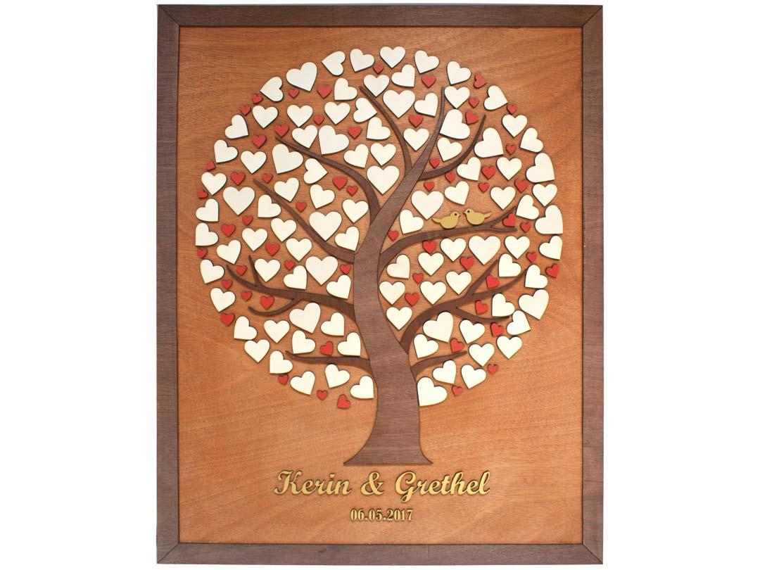 Cuadro para firmas y mensajes de boda modelo Silvia. Lienzo madera cristobal y marco nogal. Detalles en dorado y rojo.