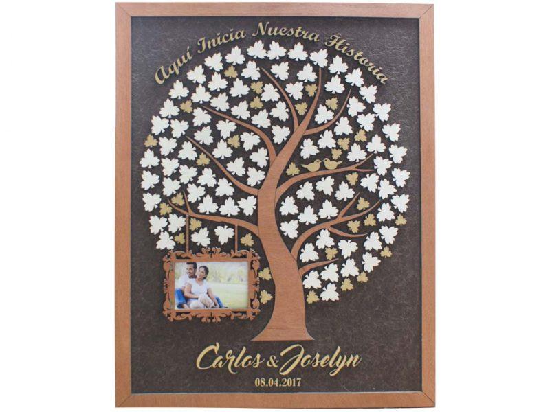 Cuadro para firmas y mensajes de boda modelo Adri. Lienzo en tela marron y marco miel. Detalles en dorado. Porta retrato.